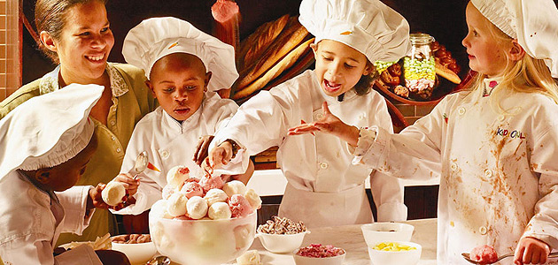 children-dressed-as-chefs