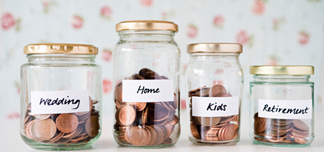 Glass-jars-filled-with-pennies